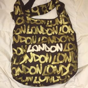"Handbags - ""London"" crossbody"